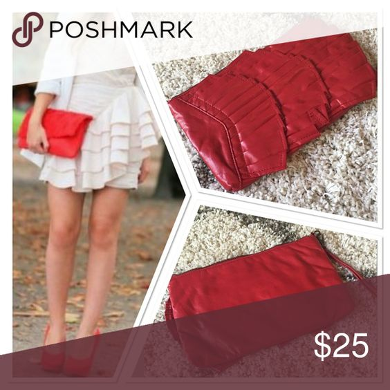 Alice and Olivia oversized Red clutch or wristlet Has detachable wristband  color is red 100% vegan leather, perfect for fall and winter Alice + Olivia Bags Clutches & Wristlets