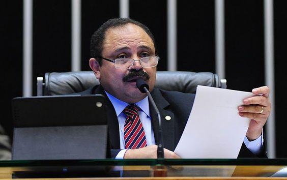 Participar da Política: 'Oposição está assustada com Waldir Maranhão', diz...