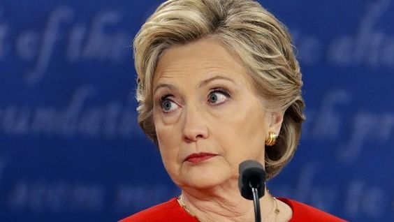 Wahl in Amerika Reden bei Goldman Sachs bringen Clinton in Bedrängnis Wenige Wochen vor der Wahl bringen weitere Wikileaks-Enthüllungen neues Ungemach für Hillary Clinton. Vor allem drei hochbezahlte Reden vor Wall-Street-Bankern dürften sie weiter Glaubwürdigkeit kosten.