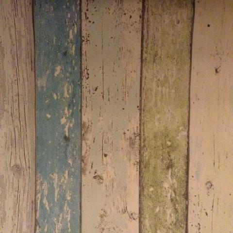 Passende Wandfarbe Fur Bunte Tapete Renovierung Streichen Image Credit Gutefrage Net Schoner Wohnen Wandfarbe Trendfarbe Image Credit Bauhaus Info Webtools In 2020