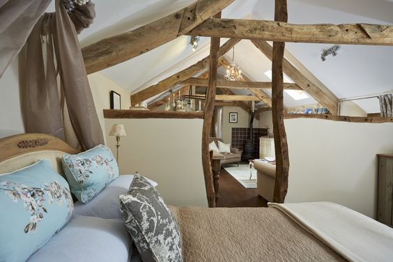 Little Charcuterie Cottage, Luxury Self-catering in Marhamchurch, Widemouth Bay, Cornwall. 33 photos