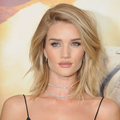Rosie Huntington Whitely layered lob haircut