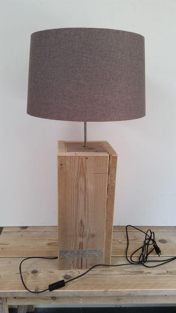 vloerlampen en schemerlampen steigerhout lankreijer steigerhout interieur pinterest. Black Bedroom Furniture Sets. Home Design Ideas