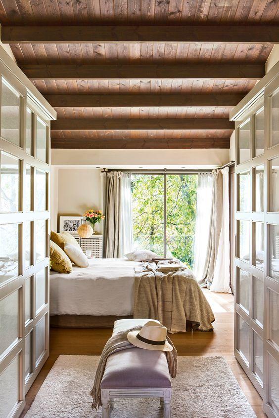 Dizzy European Bedroom