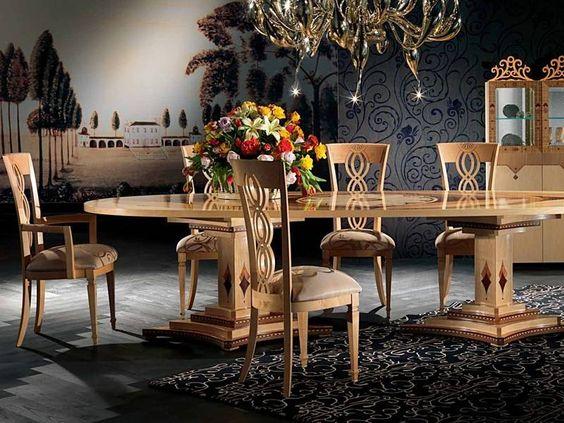 style Louis XV, table à manger ovale en noyer crème à décor de ...