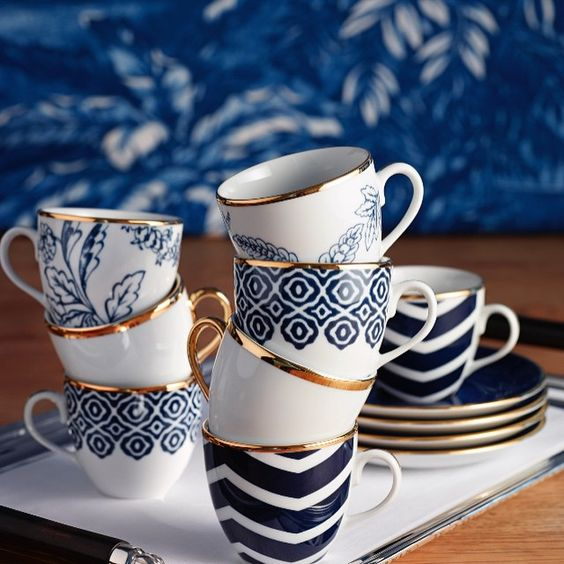 Turkish coffee cups ☕️ / selamliqueistanbul
