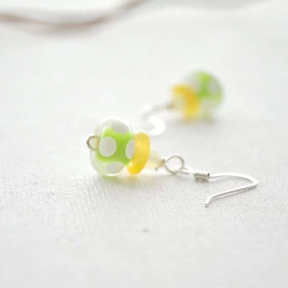Lemon Lime Glass Earrings by bstrung on Etsy