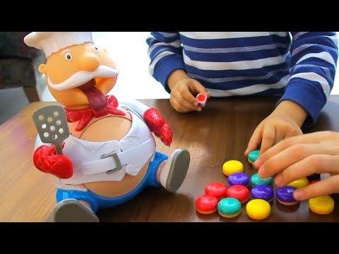 Tombik Asci Oyuncagini Once Kim Patlatti Eglenceli Oyuncak Ile Oyun Zamani Toys Bidunya Oyuncak Youtube Oyuncak Toys Oyun