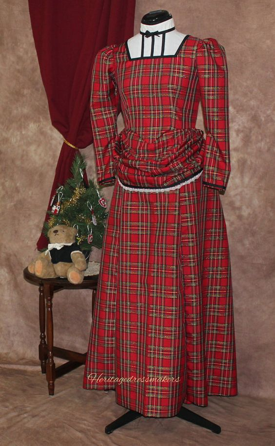 READY TO SHIP--Girl's Sz 14 Christmas plaid old-fashioned by HeritageDressmakers