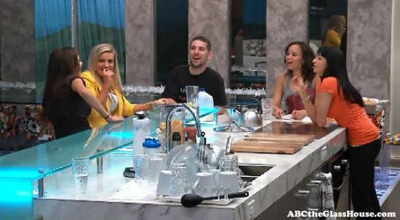 The Glass House vs. Big Brother - Reality Nation : http://www.realitynation.com/tv-shows/glass-house/recap-the-glass-house-vs-big-brother-47778/