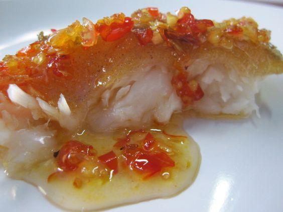 ปลาดทอด น้ำราดพริก: ปลาดทอด น้ําราดพริก, Thai Food Recipes, Food Network/Trisha