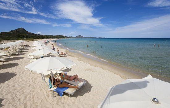 Das Villas Resort bietet Luxus, Annehmlichkeiten und Privatsphäre - alles für einen Urlaub auf Sardinien der einzigartig und perfekt ist.
