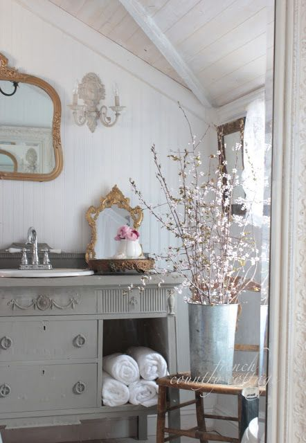 French country cottage bathroom vintage appeal spring for Country cottage style bathrooms