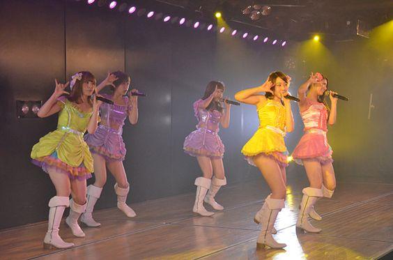 Kyoko Nishiyama - Google+ - 「7周年特別記念」公演(^^)/~~~ 切り撮ってみた。 15曲目 「BINGO」。…