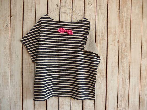 どっちも前に着れるTシャツです!ボートネックで肩からキャミソールがちょっと見える感じがかわいいです。これからの季節は、長袖のTシャツや、ハイネック、シャツと合...|ハンドメイド、手作り、手仕事品の通販・販売・購入ならCreema。
