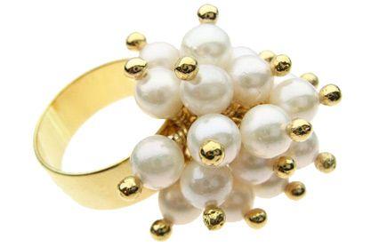 anel de pérolas