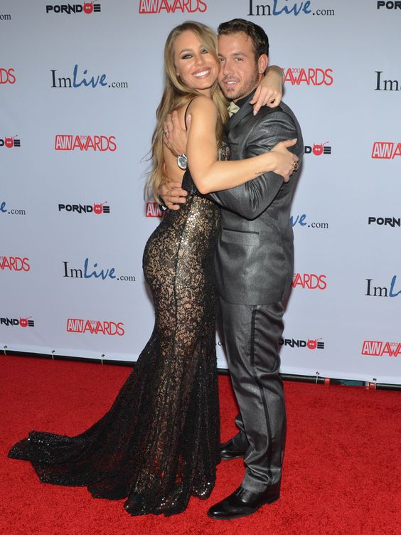 Nicole Aniston Chad White 2015 AVN Awards 66079 avn