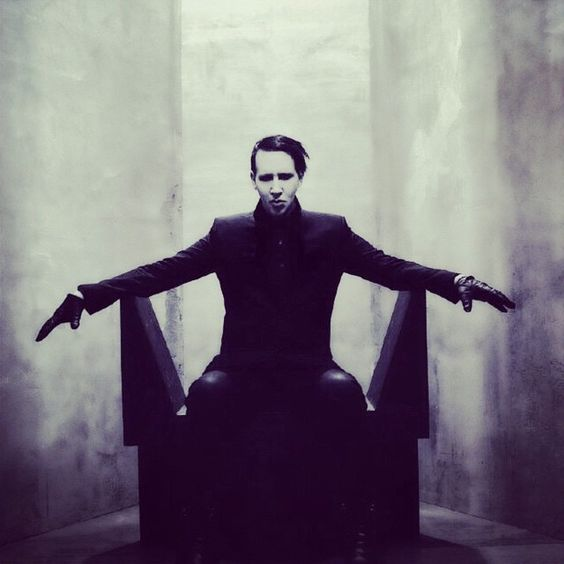 the pale emperor is my new favourite album!!!!!!!!!!!!!!!!!!!!!!!!!!!!