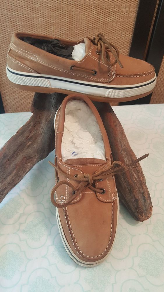 BASS CAYMAN PRE OWNED BOAT SHOES MENS SIZE 8M LIGHT BROWN