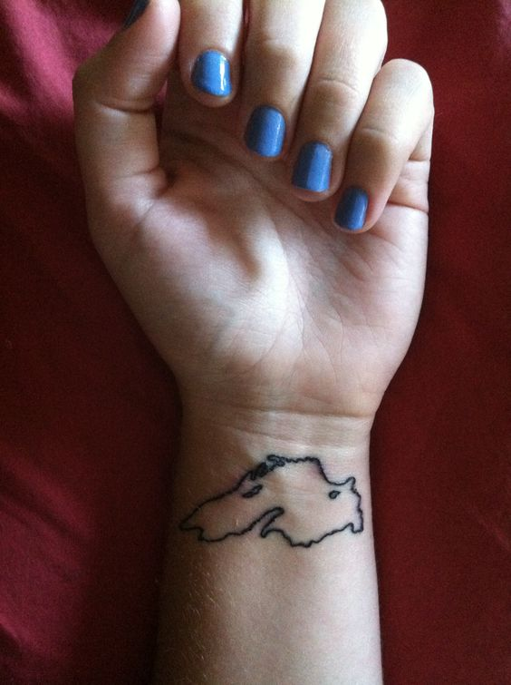 Lake superior tattoo, maybe after I bike the circle tour? Would be cute with some blue shading