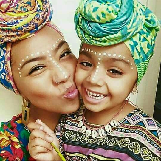 I just love this mother daughter head wrappin duo thing that's going on here-they look amazing