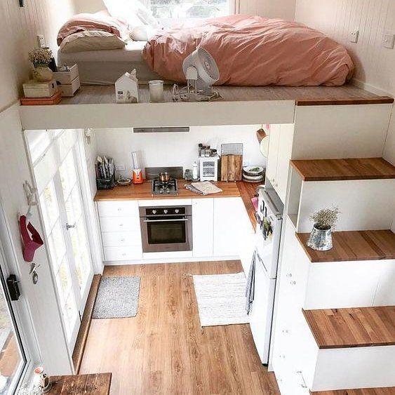 Uma Vez Eu Tive Um Sonho E Nele Minha Casa Era Exatamente Assim Pena Que Em Sp E Tao Dificil Le Tiny House Living Tiny House Living Room Tiny House Design