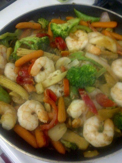 Stir Fry: ---Sautee veggies (broc, mushroom, daikon, onion, carrot ...