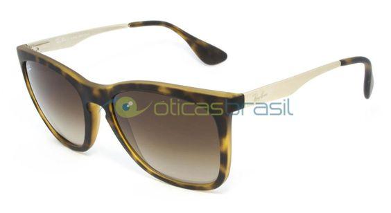 O modelo Ray-Ban RB 4238L segue um molde atemporal, unissex e cheio de estilo. Sua armação feita em acetato, um dos materiais mais nobres na fabricação de óculos, garante resistência e conforto.  http://www.oticasbrasil.com.br/rayban-rb-4238l-865-13-oculos-de-sol