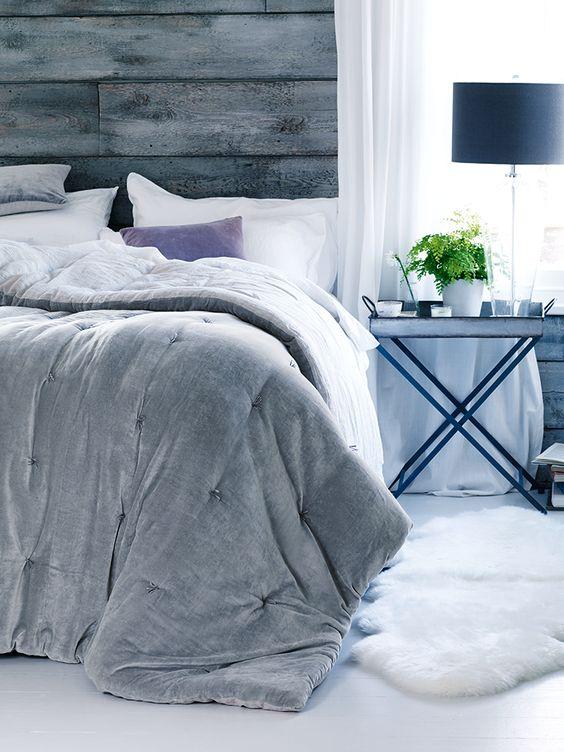 NEW Velvet & Linen Kingsize Quilt - Dove Grey - Bed & Bath - Indoor Living