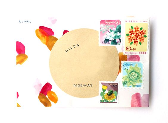 http://hellosandwich.blogspot.com/2012/12/hand-painted-envelopes.html