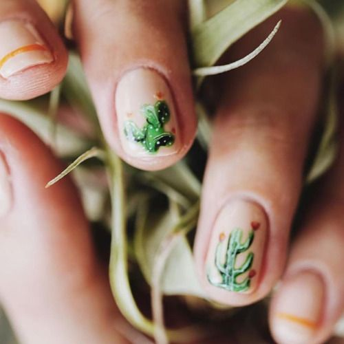 Had the awesome pleasure of meeting this amazing and inspiring local entrepreneur and all around cool lady @mooreaseal last week for some #cactus themed nails stay tuned for more @junipernaturalnails X @mooreaseal #nailart #collaborations!...