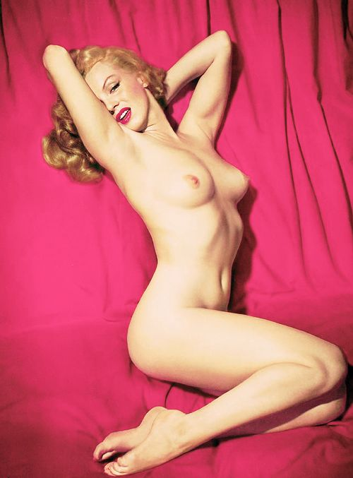 "missmonroes: "" Marilyn Monroe photographed by Tom Kelley, 1949 "":"