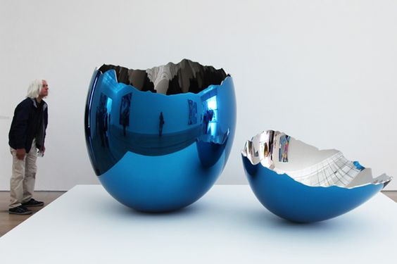 Jeff Koons Broken Egg