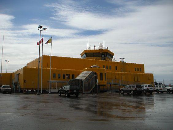 nunavut iqaluit = yukon