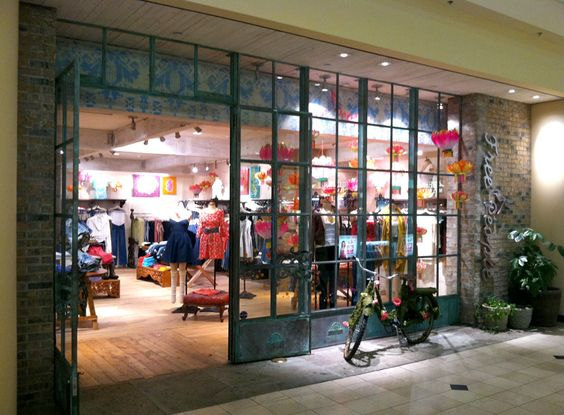 Roosevelt Field Mall Free People Store | Garden City, NY ...