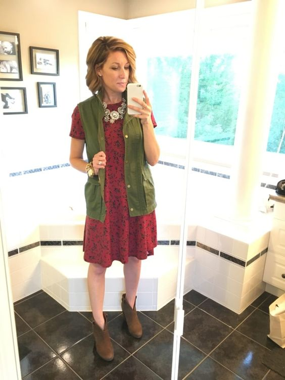 LuLaRoe Carly - styled 6 ways: