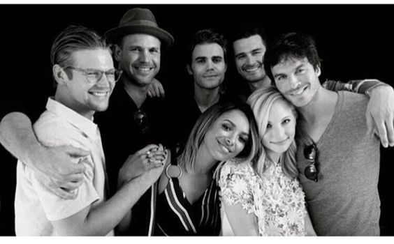 #TVD #TVDForever The Vampire Diaries Zach Roerig(Matt),Matthew Davis(Alaric),Paul Wesley(Stefan),Michael Malarkey(Enzo),Ian Somerhalder(Damon),Candice Accola(Caroline) & Kat Graham(Bonnie)