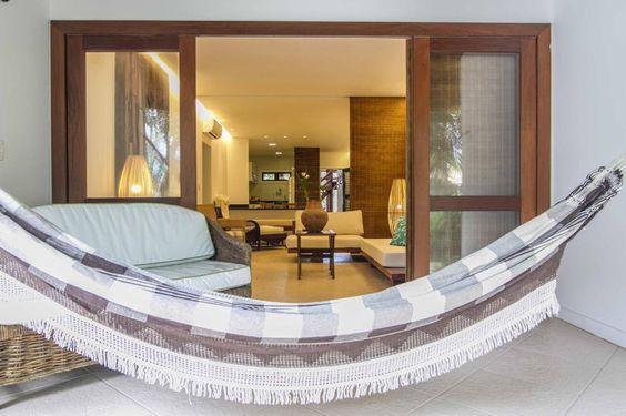 Praia do Forte - Apartamento à venda em condomínio frente mar. Veja mais - http://www.imoveisbrasilbahia.com.br/praia-do-forte-apartamento-em-condominio-frente-mar-a-venda