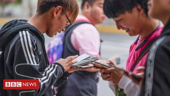 People in China are now required to have their faces scanned when registering new mobile phone services as the authorities seek to verify the identities of the country's hundreds of millions of internet users.