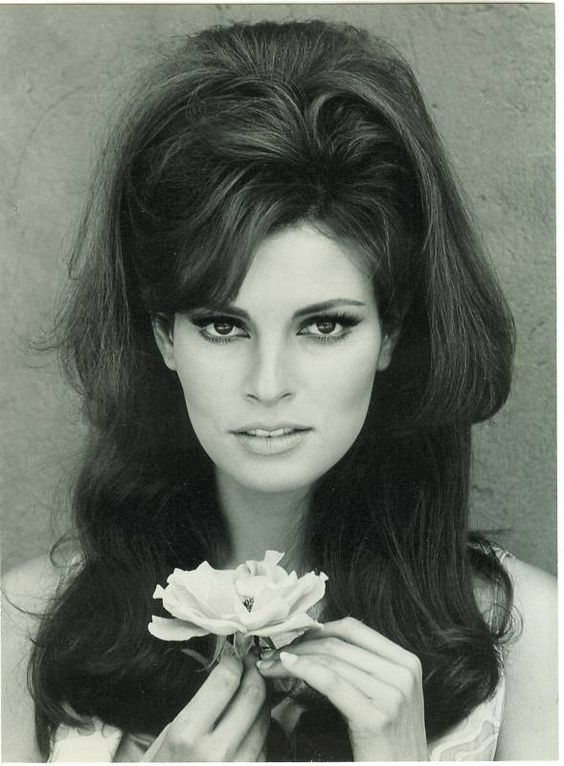 Back to the Five & Dime  Raquel Welch