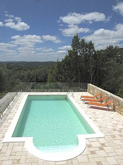 Modern Detached Villa with Lovely Garden rental accommodation in Pombal, Silver Coast P5936 £690 per week