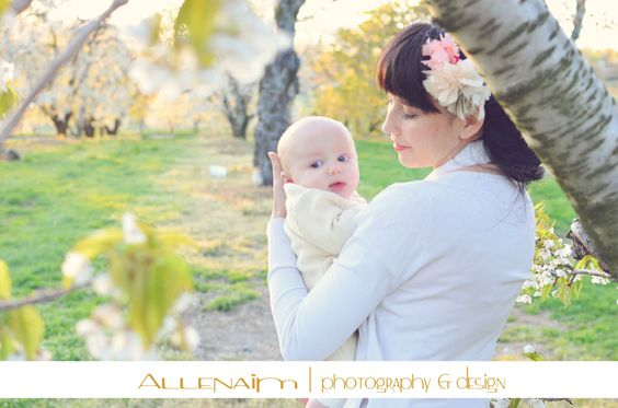 It isn't as chaotic as you think... how to do family photography!
