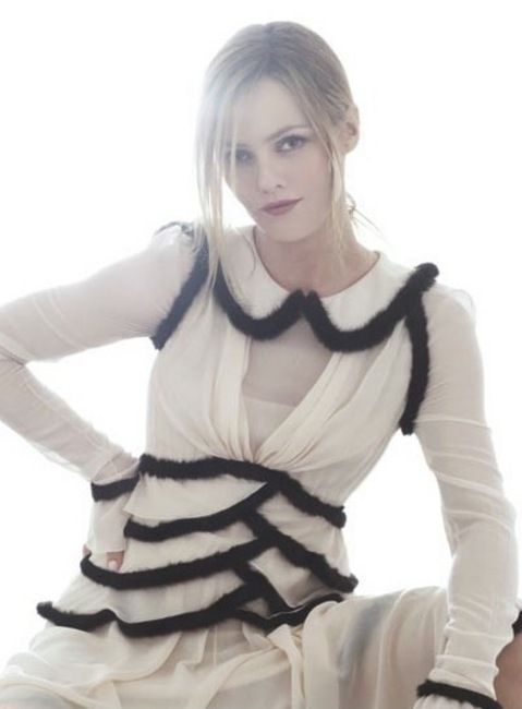 Chanel - Mert Alas & Marcus Piggott - Vanessa Paradis - 2010SS