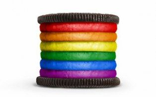 """Oreo took a stand on gay rights on Monday, netting more than 143,000 """"Likes"""" and close to 18,000 comments, but not all were positive."""