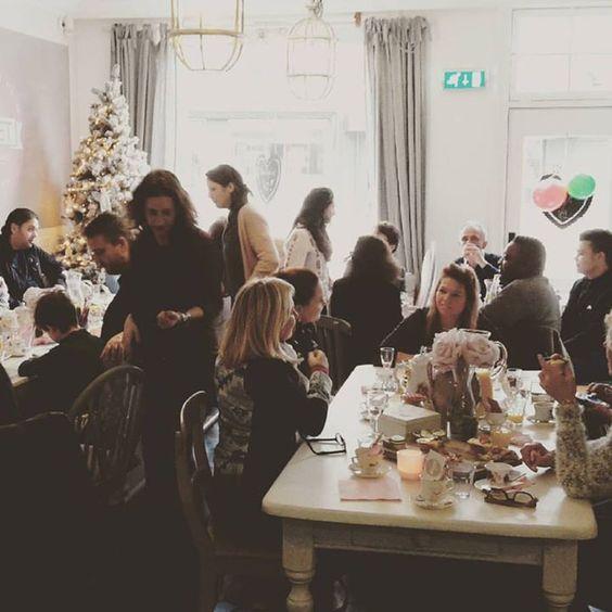 Een verjaardags High Tea feest bij ZOET! #HighTea #Verjaardag #Feest #Zoet #Theehuis #Tearoom #Lunchroom #Zeist