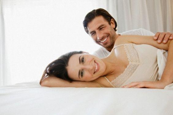 Com a chegada dos filhos, a vida sexual da maioria dos casais costuma mudar de forma significativa. E isso não acontece simplesmente por falta de interesse ou tesão. A presença da criança em casa dá aquela impressão de que a qualquer momento haverá u