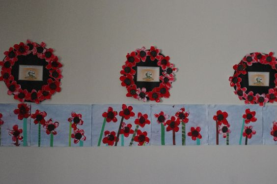 Anzac day wreaths and poppies in the fields using potato prints, poppy ...