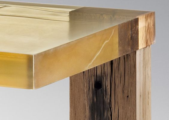 Nucleo experiments with resin to create furniture