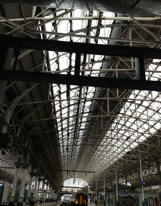 Killer shot- Manchester Piccadilly train station