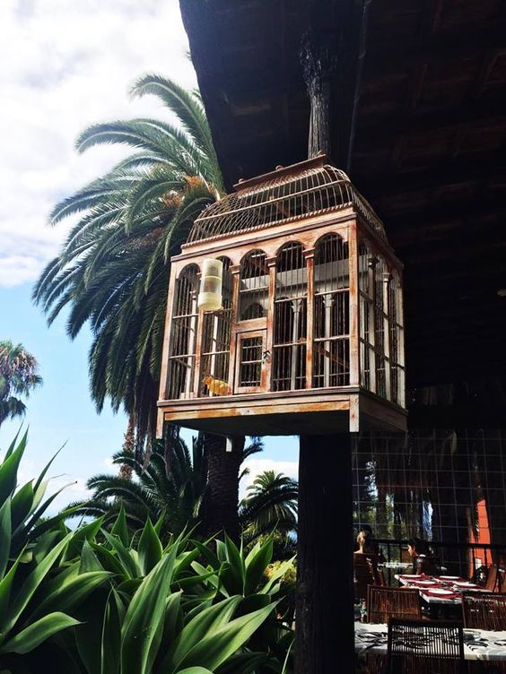 La Orotava has to be one of the prettiest towns in Tenerife. In fact, locals have an on going debate over which town is the p...